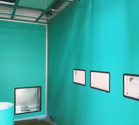 La clean room assume colore e personalità grazie ad uno strato completamente personalizzabile