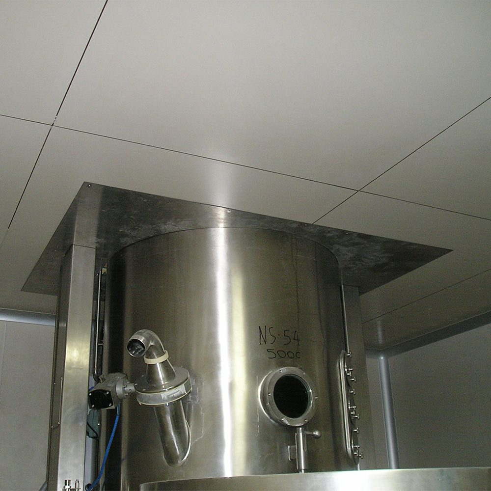 Hermetic walk on false suspended ceiling for cleanrooms