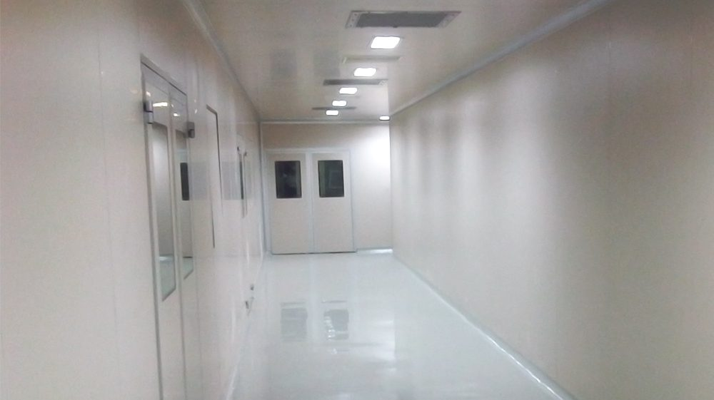 Modular clean rooms with Hipharma PVC coated panel design